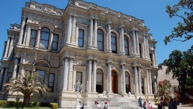 Historical Palaces in Istanbul